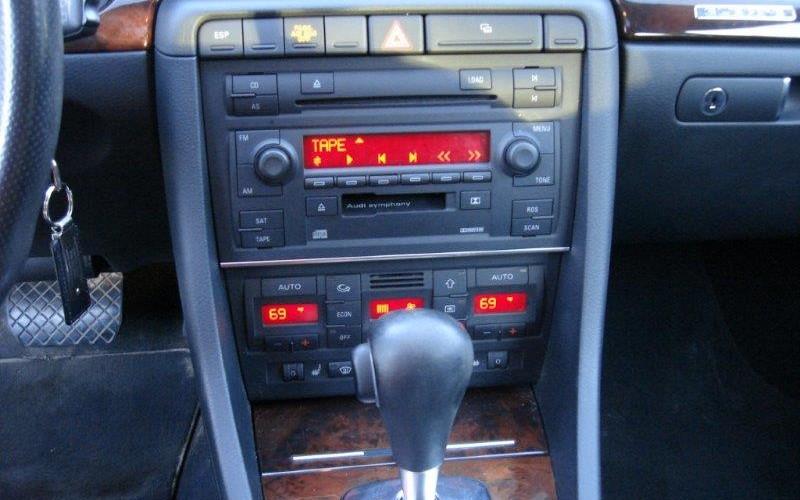 2005 AUDI  A4 3.2L QWATRO 017