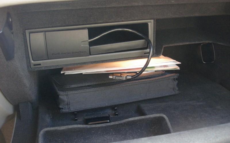 2009 AUDI A4 AWD  2.0L 058