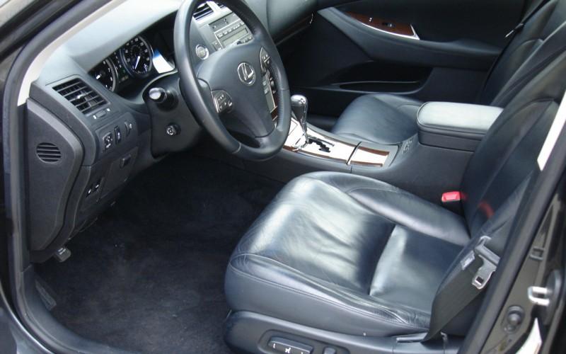 2010 LEXUS ES 350 012