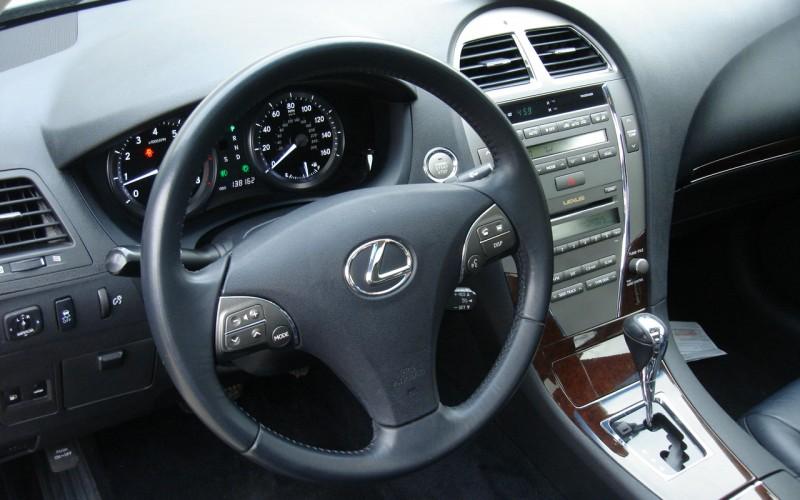2010 LEXUS ES 350 016