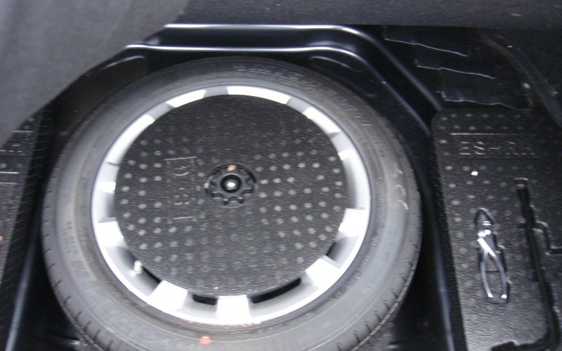 2010 LEXUS ES 350 026