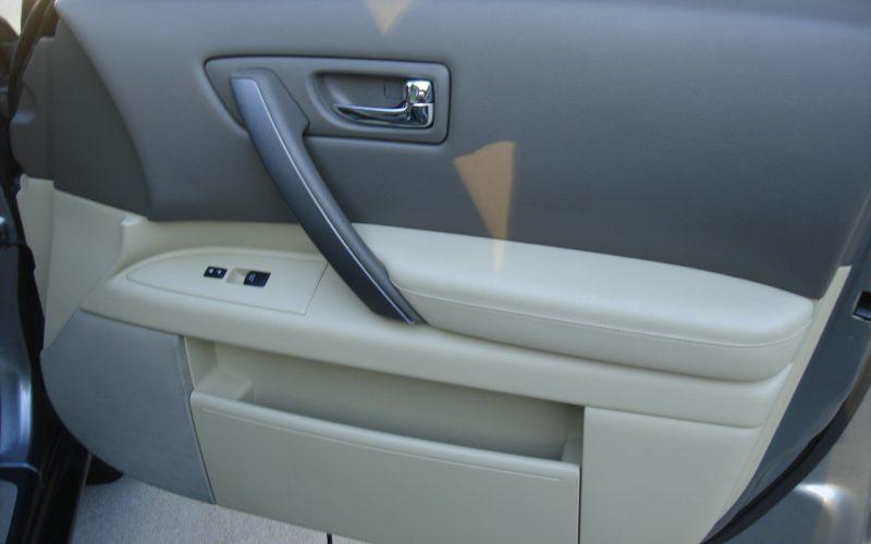 2007 INFINITY  FX35  AWD 017