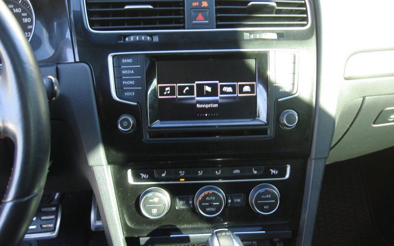 2015 VOLKSWAGEN GTI AUTOBAN 048