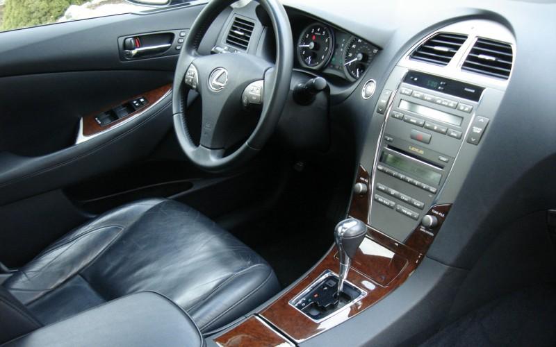 2010 LEXUS ES 350 022
