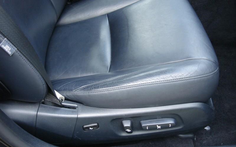 2010 LEXUS ES 350 024
