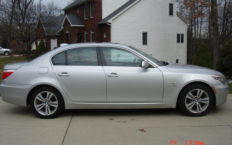 2009 BMW 528XI AWD V6 049