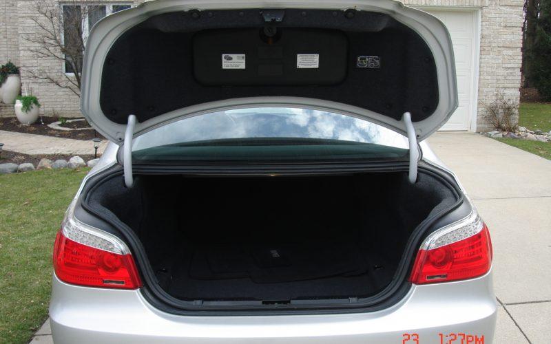 2009 BMW 528XI AWD V6 066