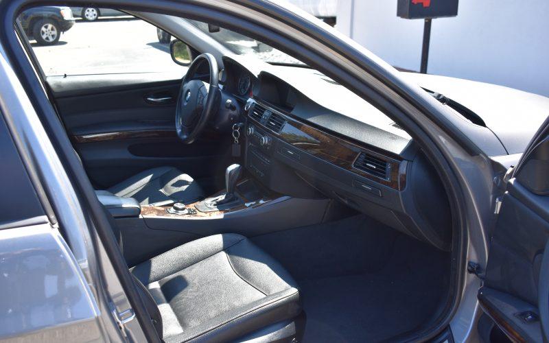 2009 BMW 328XI AWD 010